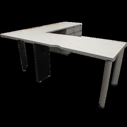 Steelcase Wedge L Desk