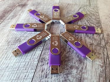 In Focus - Purple Usb1.jpg