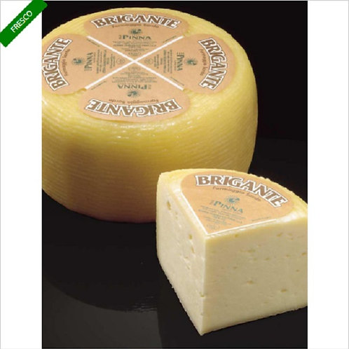 CHEESE PECORINO BRIGANTE WHOLE FORM, MAX WEIGHT 1,8 KG