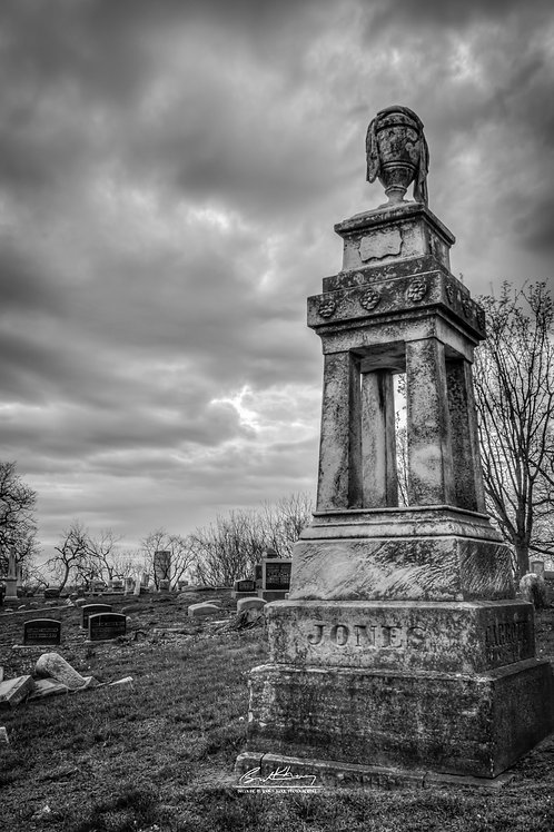 Woodland Cemetery- WC04