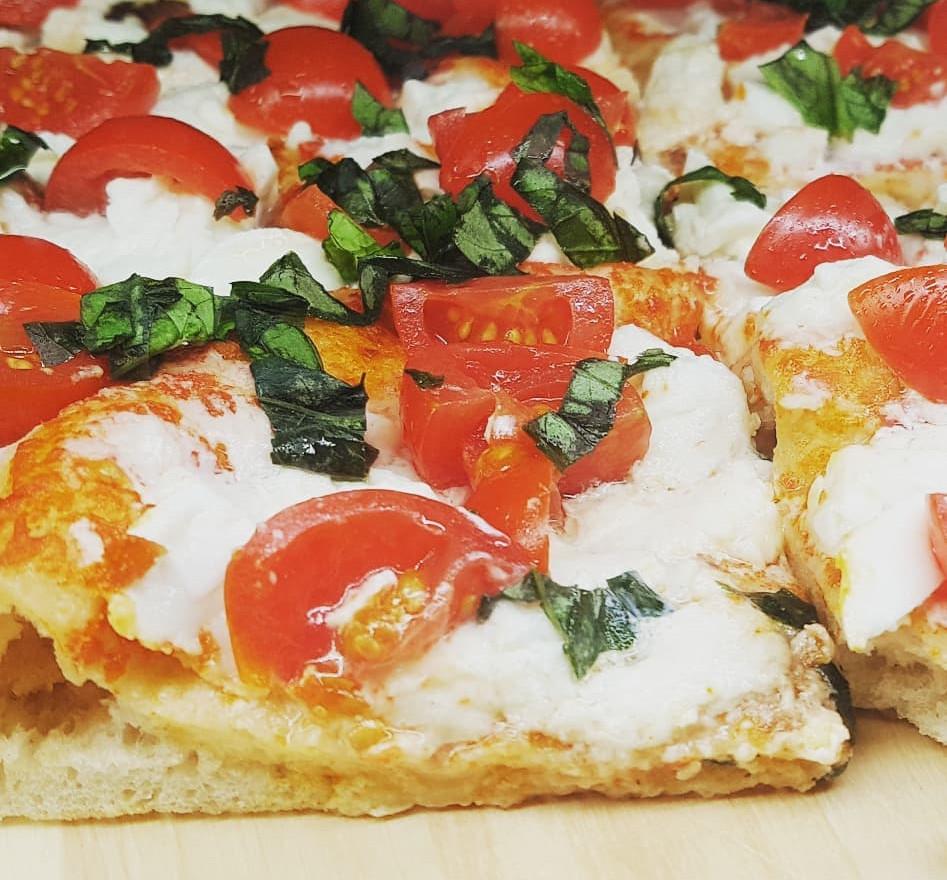 pizza   club nautico chia