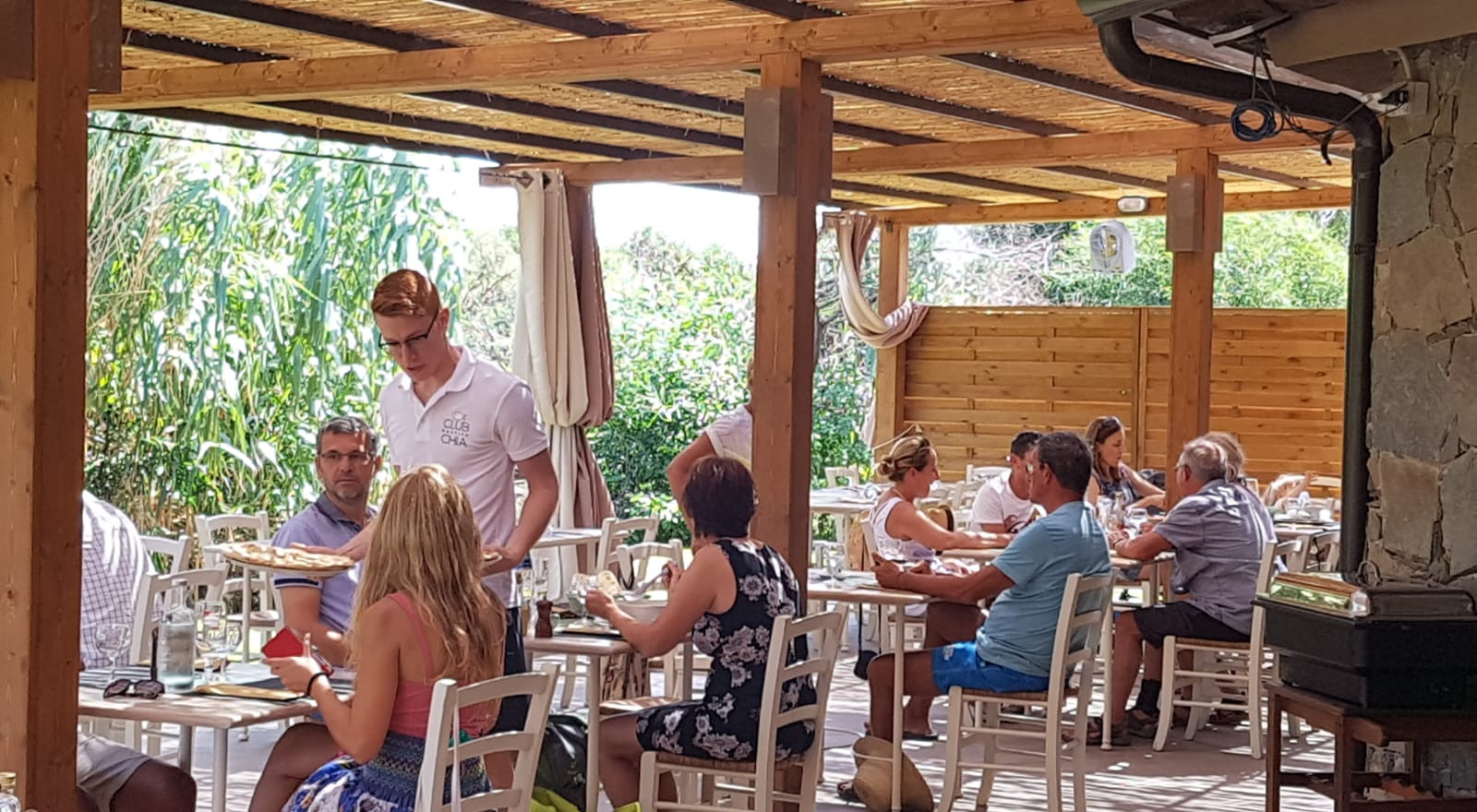 spazio ristorante   club nautico chia