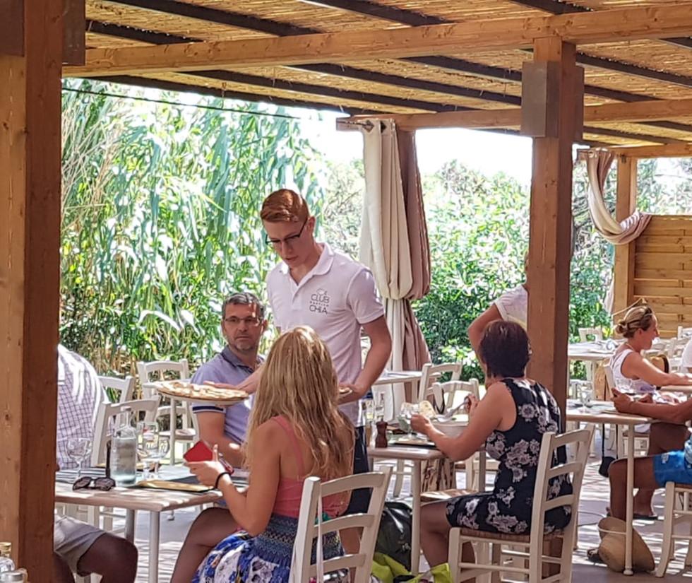 spazio ristorante | club nautico chia