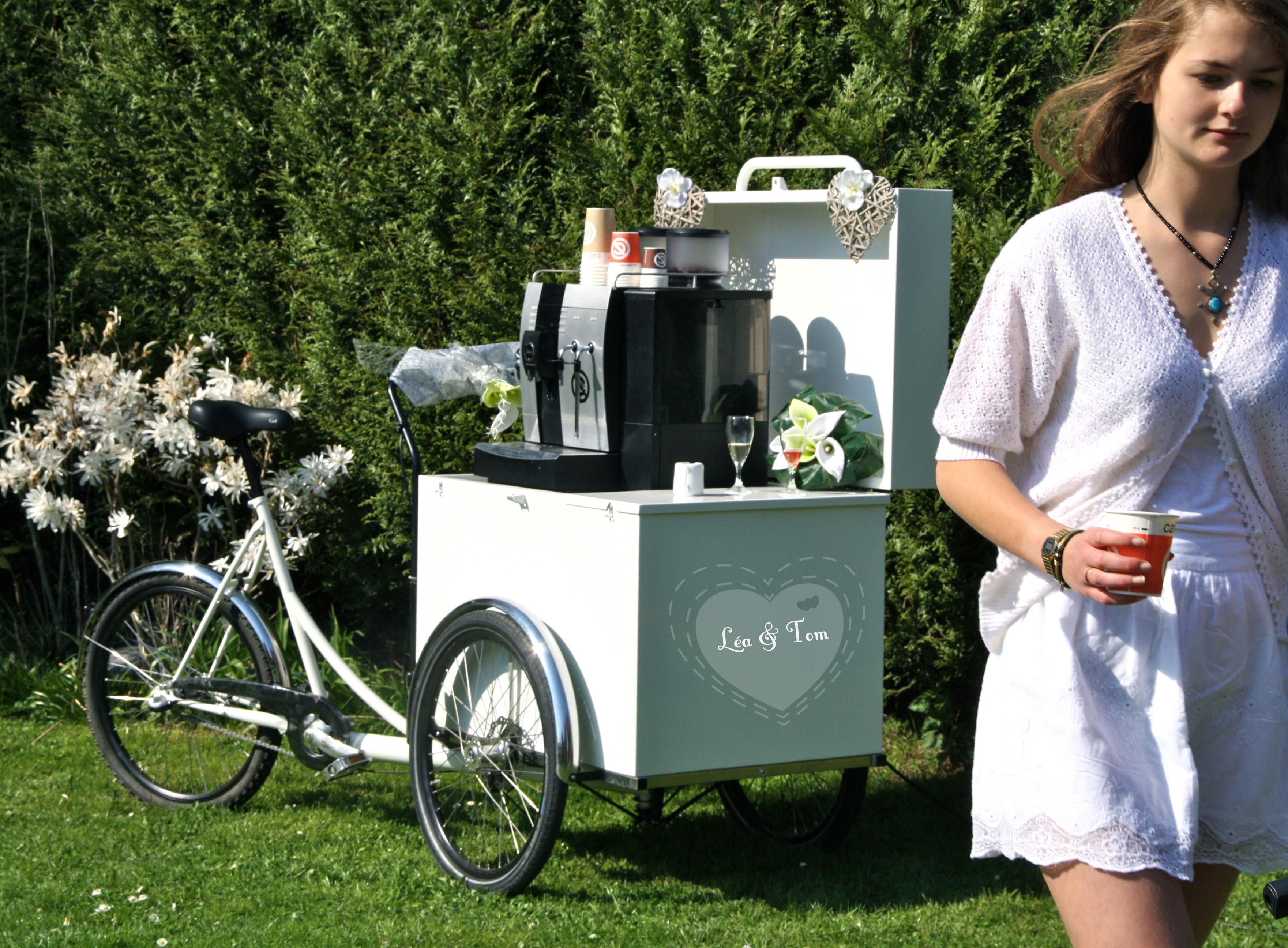 Triporteur café à louer