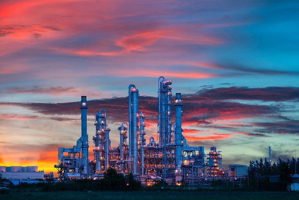 power-plant-gas-oil-industry-twilight.jp