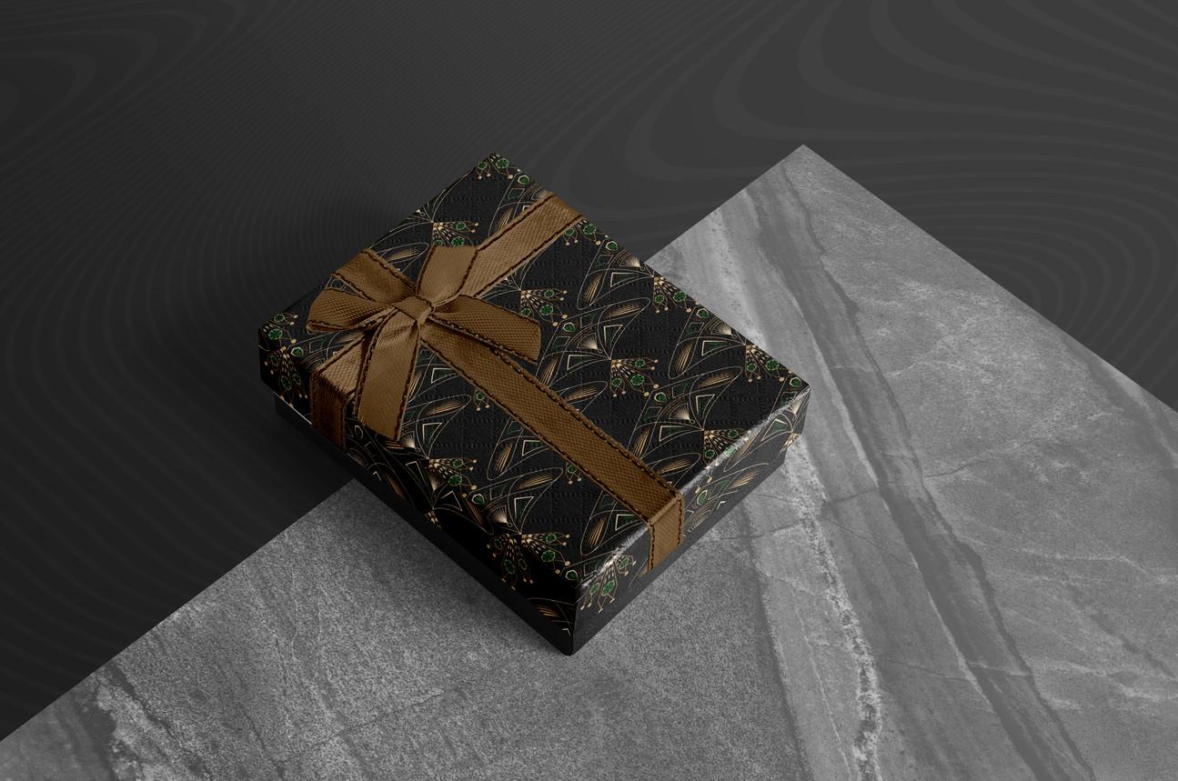 145-gift-box-mockup.jpg