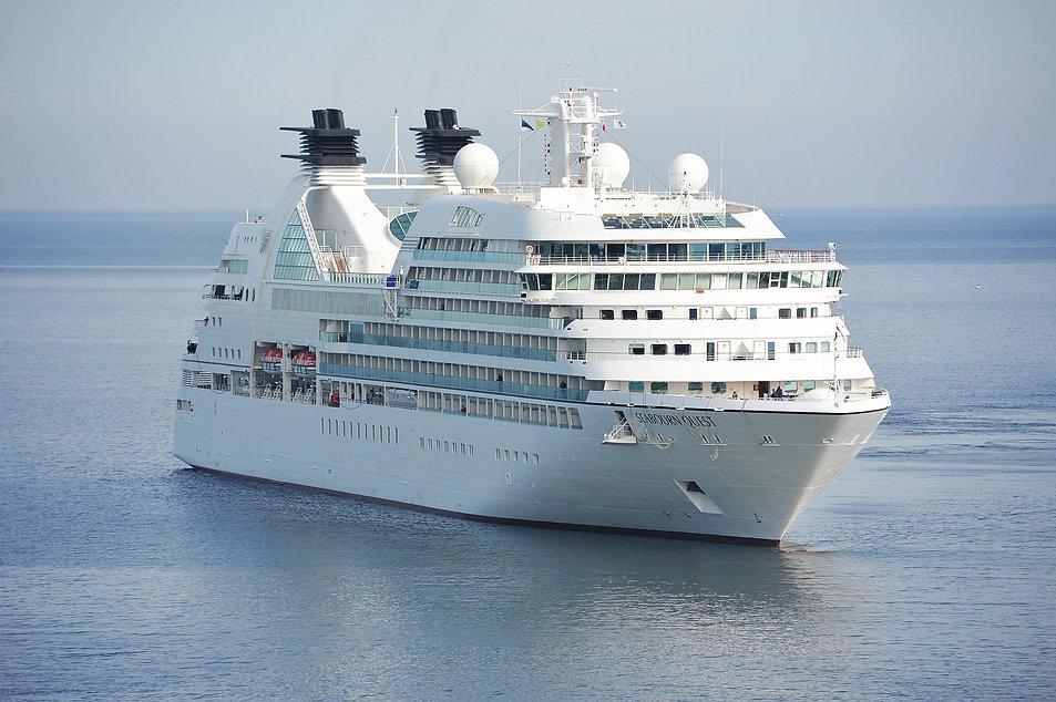 cruise-1578528_1920.jpg
