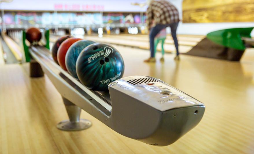 bowling-1951472.jpg
