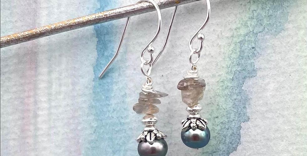 Pearl Misty Moor Earrings