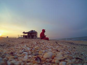 Уютный вечер на пляже