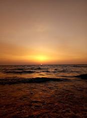Рассвет на нашем пляже
