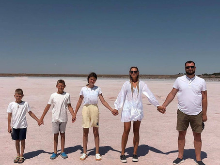 🏡 Всей семьёй на море!