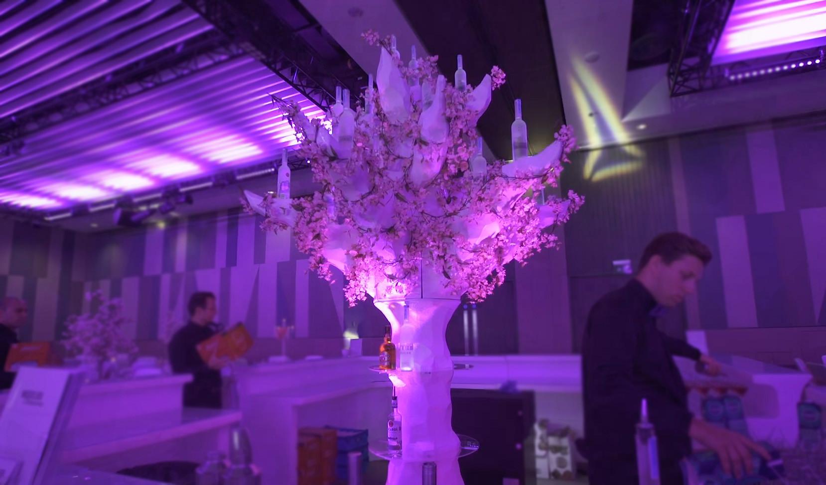 bar & tree 2.jpg.jpg
