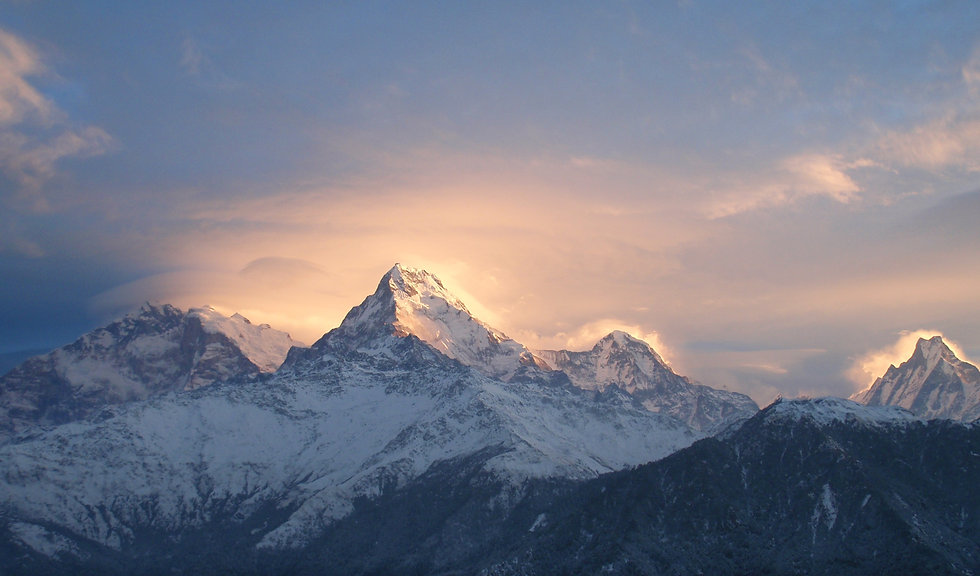 Annapurna%20Sunrise!2_edited.jpg