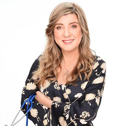 Dr Lisa MacRae standing - hi rez uncropp