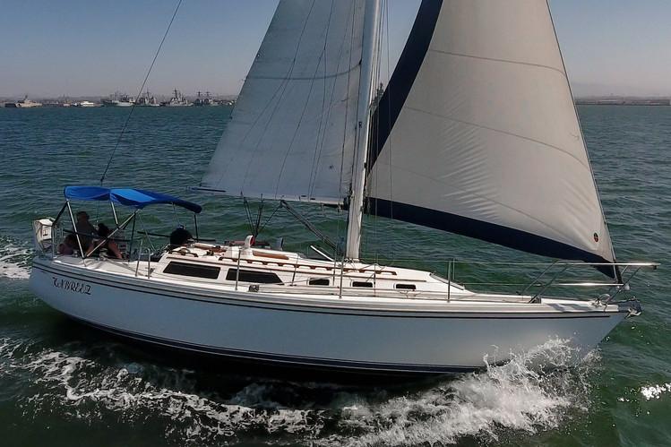 1989 Catalina 34-7.jpg
