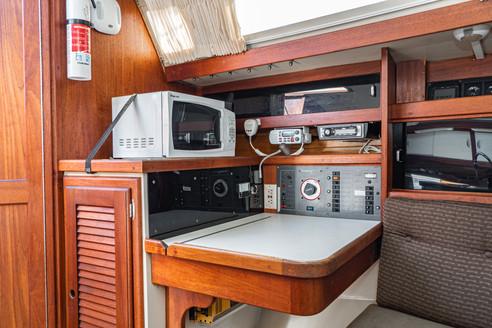 1989 Catalina 34-25.jpg