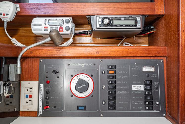 1989 Catalina 34-26.jpg