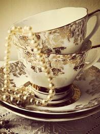 Vintage Tea Set Hire.jpg