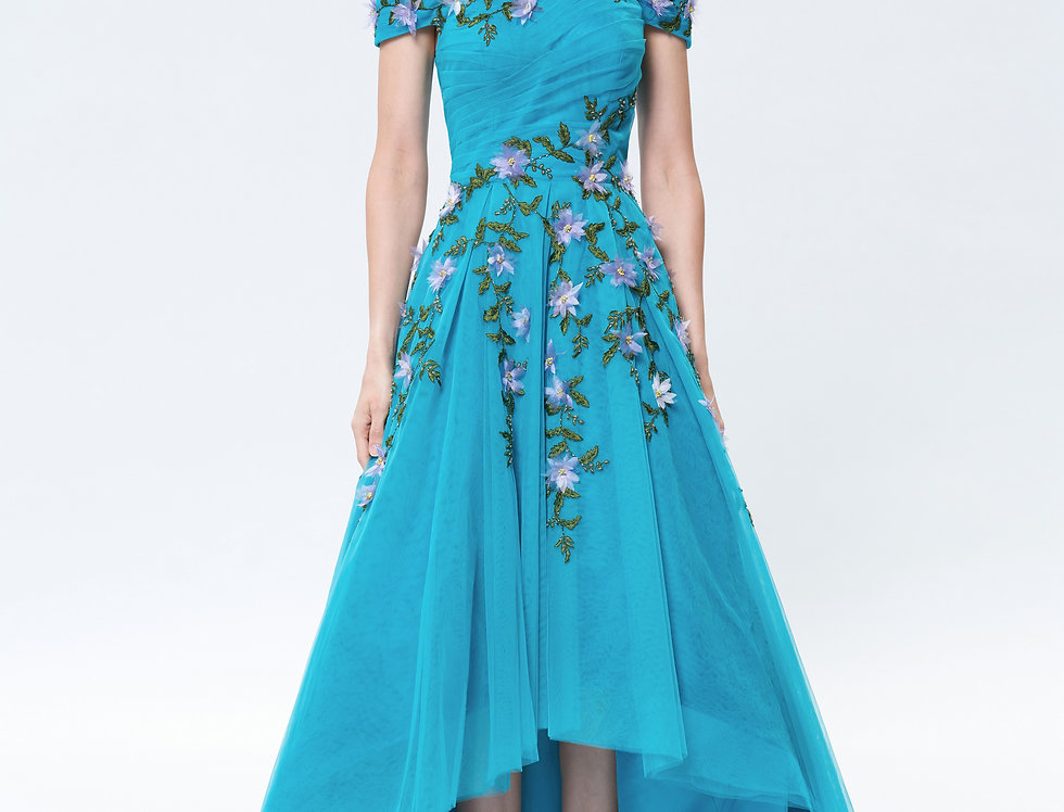 Aster Flower Off-the-shoulder Declining Gown
