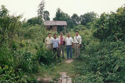IKTT, institute of khmer traditional textiles, land mines, cambodia, ciivil war, artisan skills, kikuo morimoto, 1995, silk, rural villages, synthetic fibres, chemical dyes, takeo, kampot, Siem Reap, weaving looms, textile, traditional silks, environment