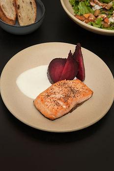 salmon horneado.jpg
