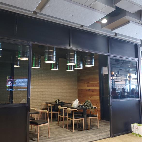 sliding doors / wall