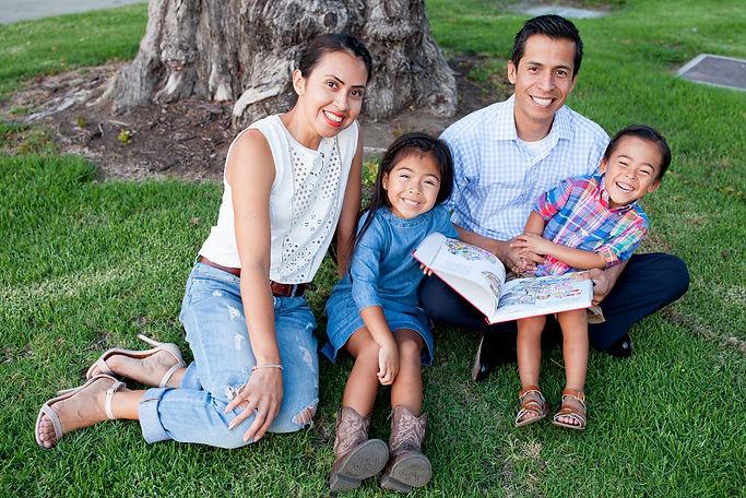 Sergio Campaign 2018 Family  2.jpg