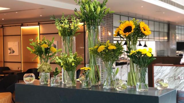 Giraffe Flowers - Corporate Floristry 2.