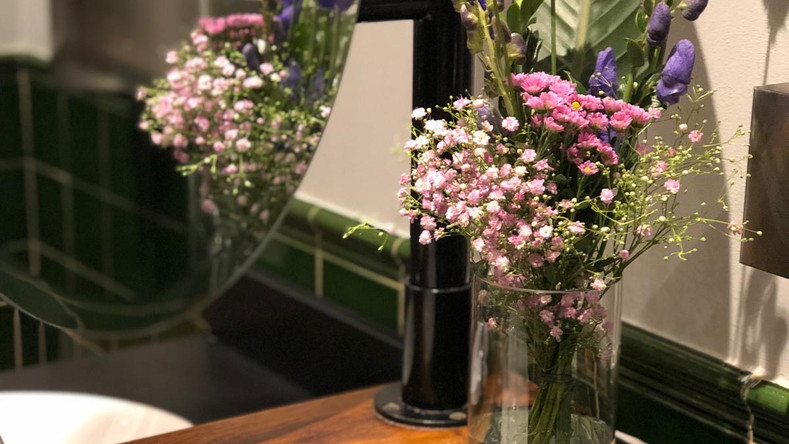 Giraffe Flowers - Corporate Floristry 14