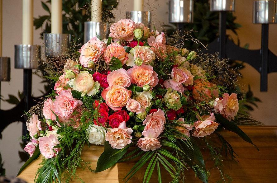 funeral-1860298_1280.jpg