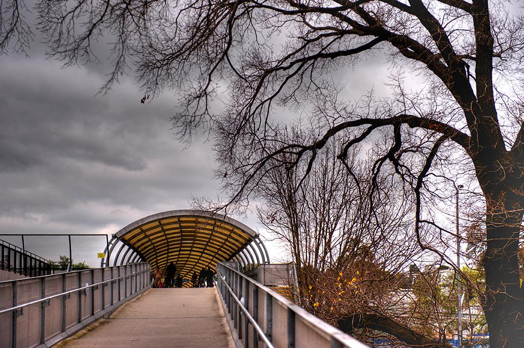 Pedestrian Bridge, Melbourne.jpg
