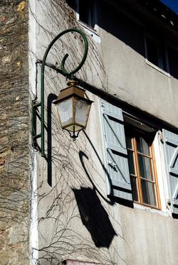 Street lamp, Mirrepoix.jpg