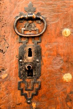 Door handle, Mirrepoix.jpg