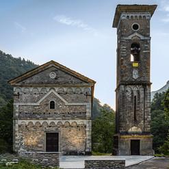 Chiesa Isola Santa 31-08-19.jpg