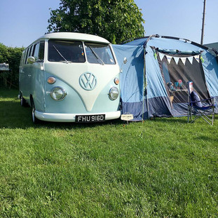 Hugo vw camper.jpg
