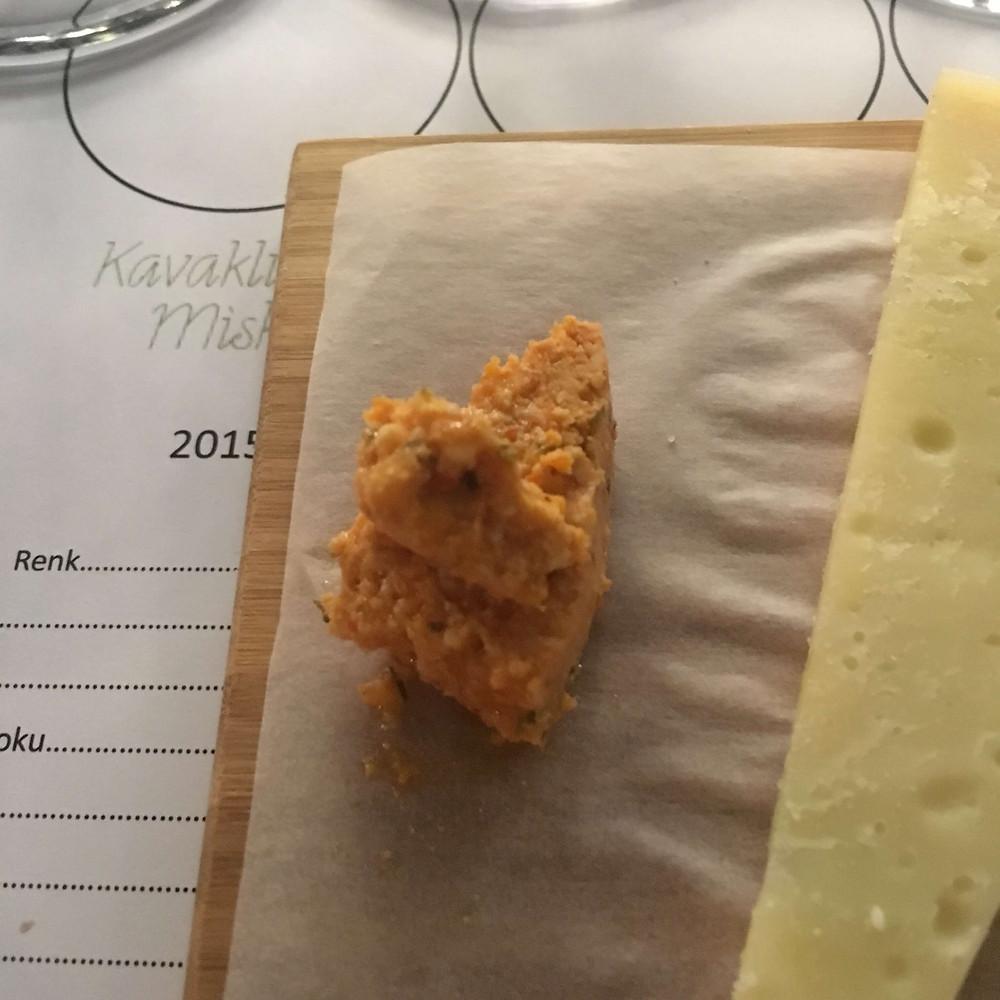 Sürk peynir somelyer