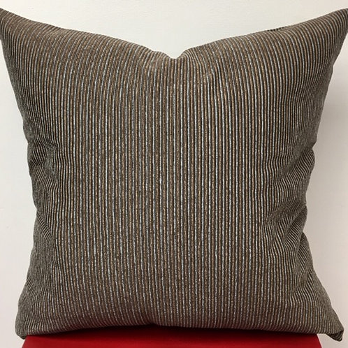 "Pillow ""Moxie2"" w/19"" insert (Chenille/dark brown)"