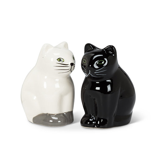 Cat Salt & Pepper shaker set