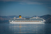 Costa_Fascinosa_close_to_Corfu.jpg