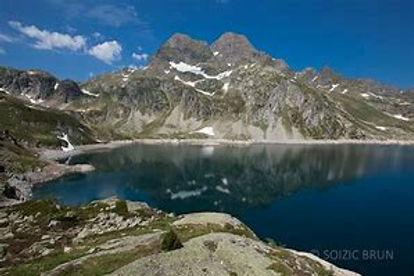 lake artousts lourdes 3.jpg