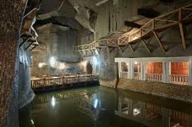 Wieliczka Salt Mines pOLAND  3.jpg