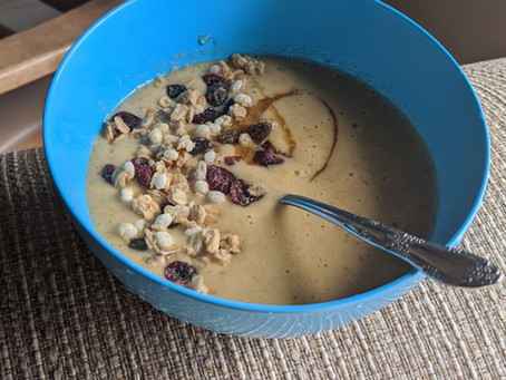 Tropical Breakfast Smoothie Bowl