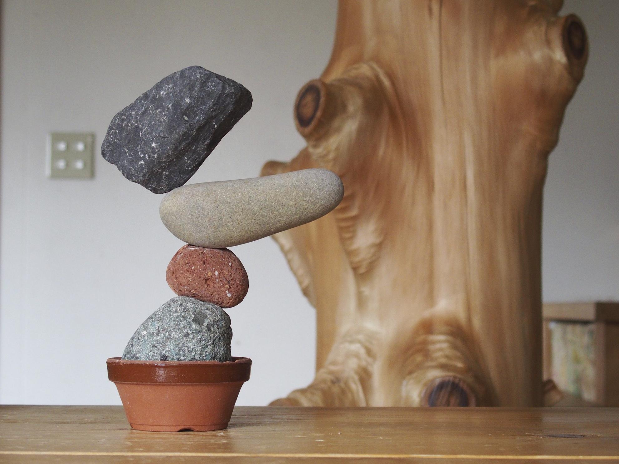 石を並べていると完成形が見えてくる