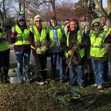 Garden Club Crew at November Bridge Square Planting