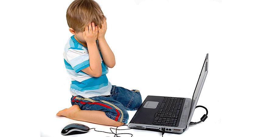Tendencias LA TERCERA: Más de la mitad de niños busca datos en Internet sobre salud o enfermedades
