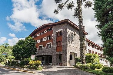 hotel laghetto allegro alpenhaus.jpg