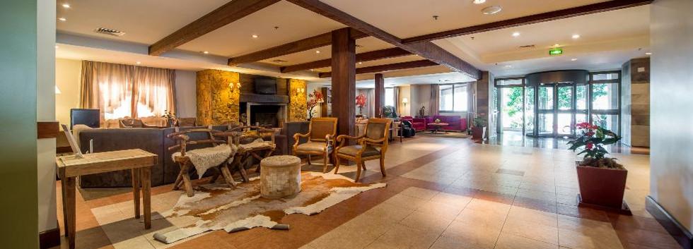 hotel laghetto allegro alpenhaus1.jpg