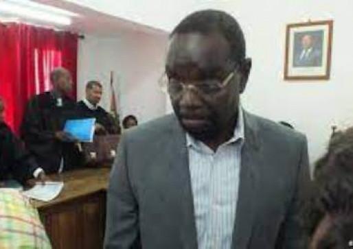 Antigo ministro dos Transportes condenado a 10 anos de prisão