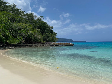 Holiday in Vanuatu Part 6  Champagne Beach, Port Olrey Beach, Matevulu Blue Hole
